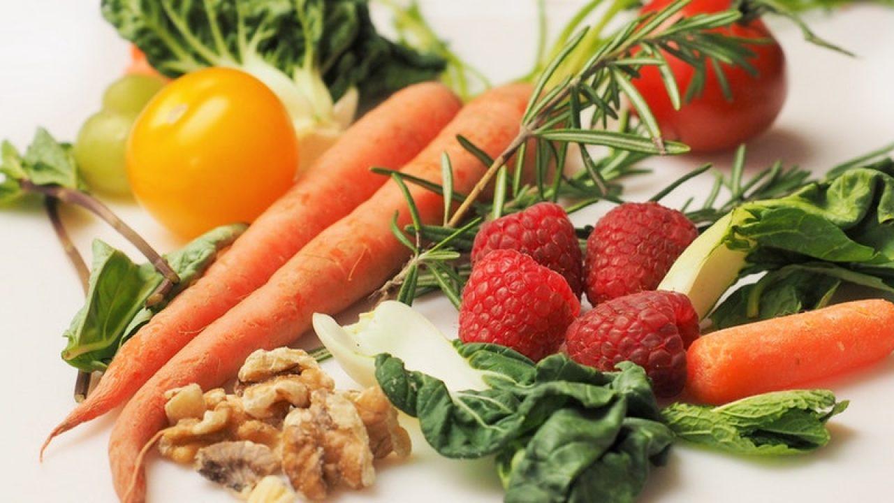Cum am slăbit 4 kg în 10 zile + 8 rețete vegan