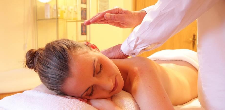 ayurveda masaj beneficii