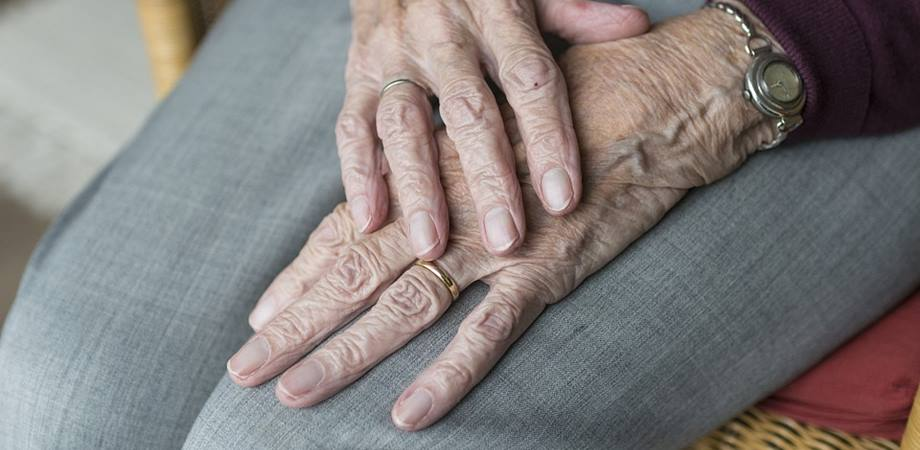 artrita csimptome