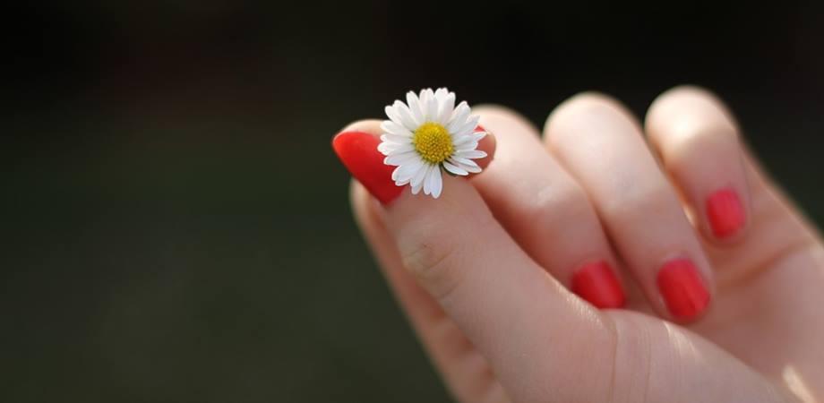 remedii unghii fragile