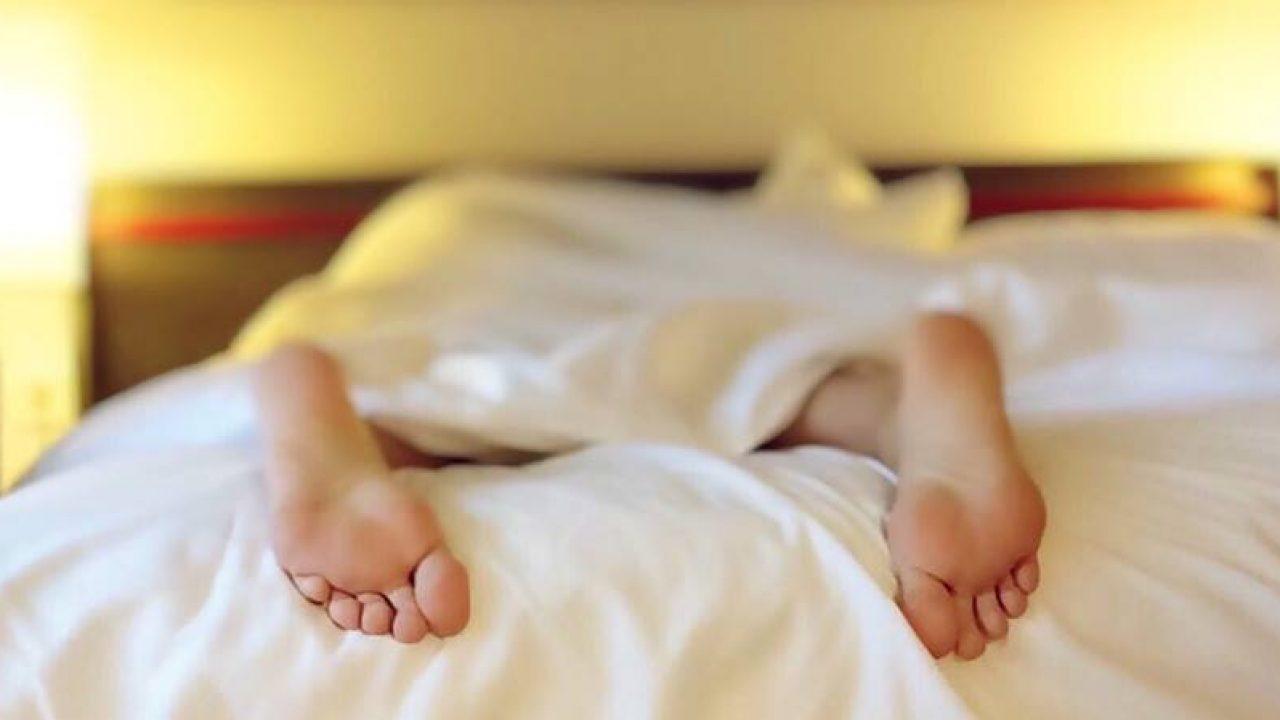 picioare agitate la culcare