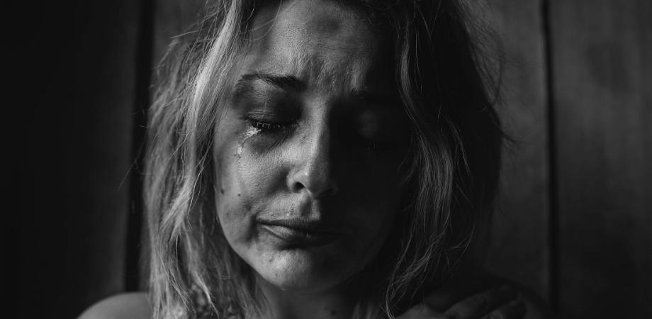 depresia postnatala simptome