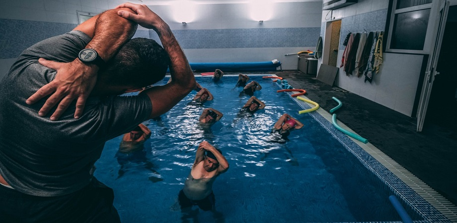 Gimnastica in apa