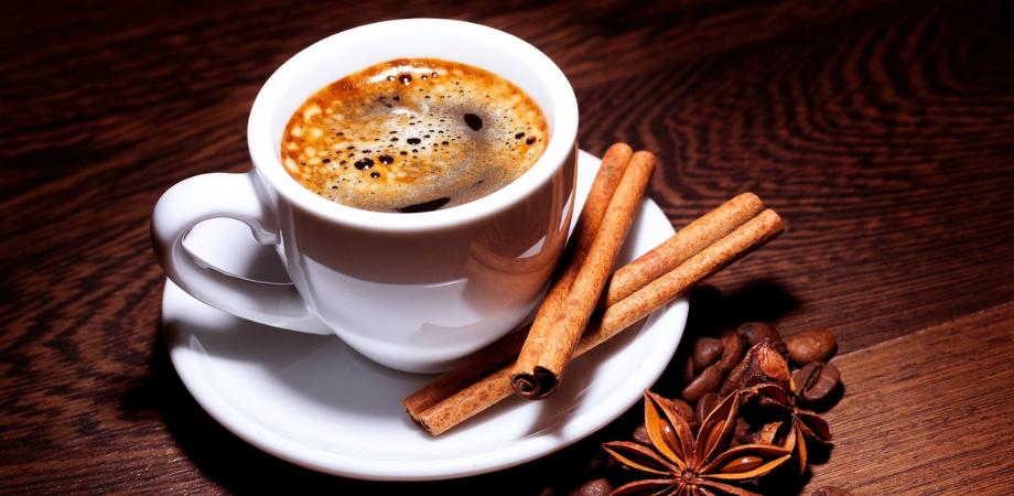 scortisoara in cafea