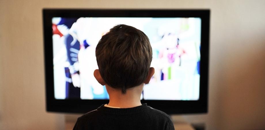 ecranele digitale si sedentarismul