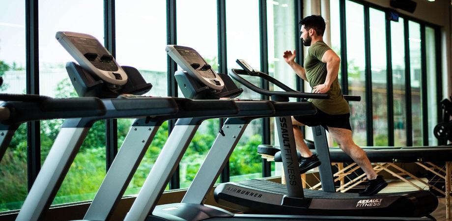 Cele mai bune exercitii fizice pentru slabit