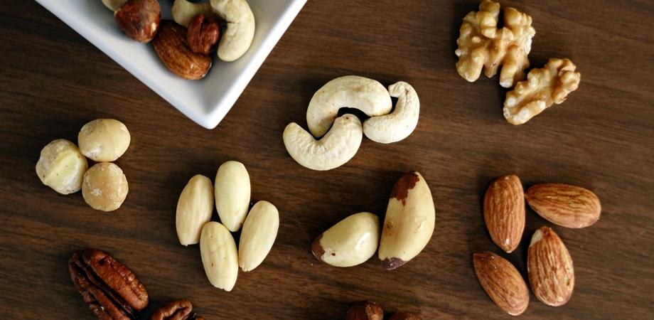 nucile si sursele de proteine