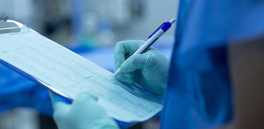 beneficii chirurgie robotica