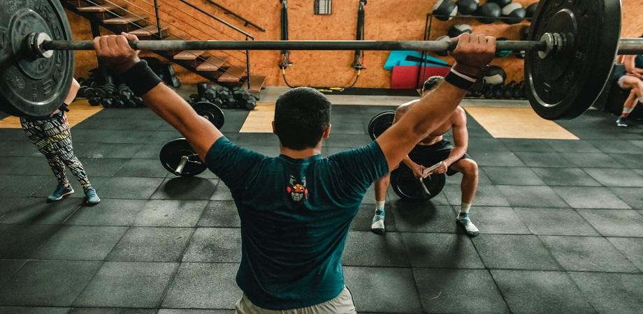 Antrenamentul cu greutati in procesul de slabire