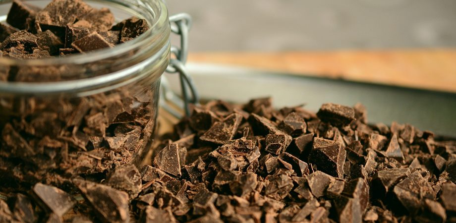 ciocolata si acnee