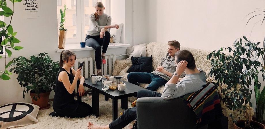 Hygge-stilul-de-viata-danez-prieteni